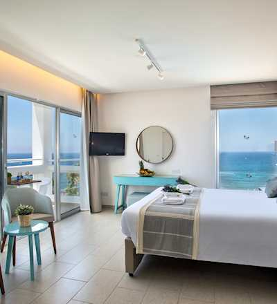 Presidential Suite with Panoramic Sea View